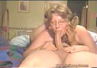 granny does deepthroat