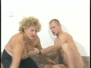 chunky milf fucks her young boyfriend  jane reaves