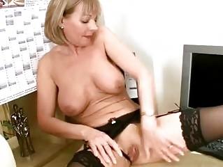 cougar bureau lingerie rub