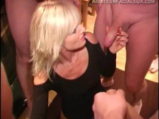 italian mature babe acquires her first bukkake