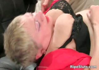 fat mature blond acquires powerful cum-hole part0