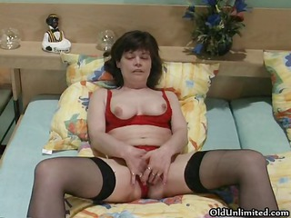 horny mature wife dildoing part5
