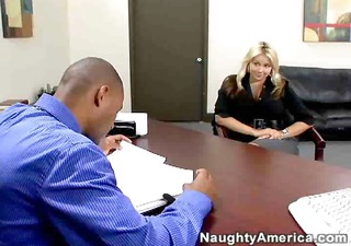 sarah vandella nails the interview