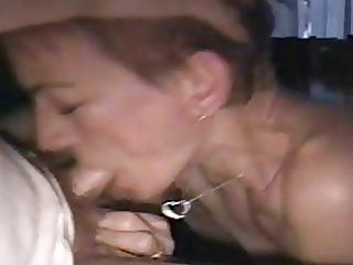 amateur mature wife deepthroat