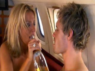 zoe lucker  footballers wives