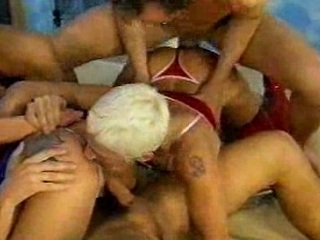 tough cougar group sex