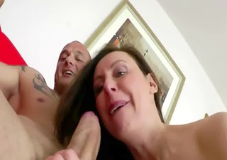 mature in nylons pampers a penis