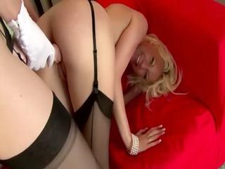 grown-up british homosexual woman into pantyhose