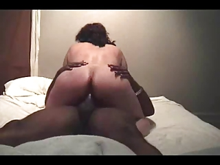 lady gets on some nutts (cuckold)