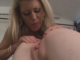 blond mature babe with extremely impressive young