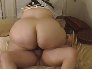 plump housewife licks &; bangs with tied up boobs