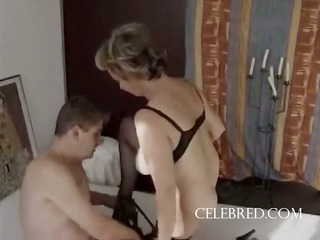 pantyhose on the hairy mature fucked