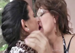 3some with older licking hawt love melons